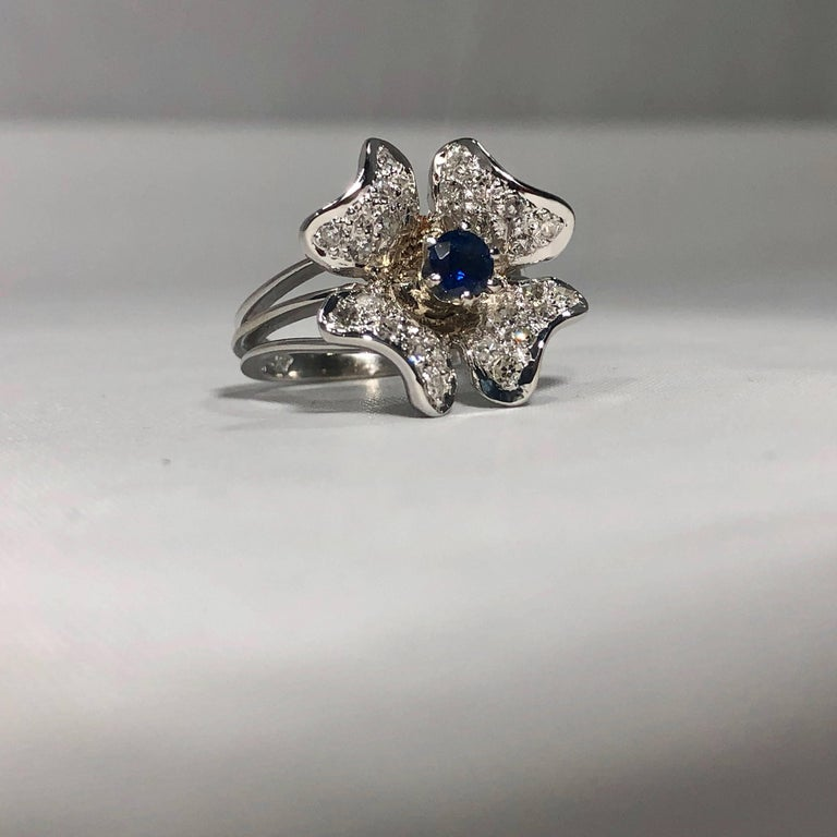 Vintage 1970s 14 Karat Sapphire and Diamond Flower Cocktail Ring For Sale 3