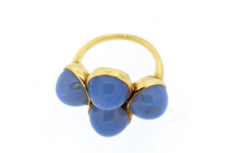 Women's or Men's Vintage 1970s 18 Karat Gold Cartier Cabochon Chalcedony Bubble Ring For Sale