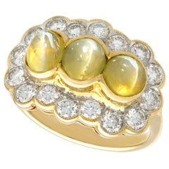 Vintage 1970s 2.19 Carat Chrysoberyl and Diamond Yellow Gold Cocktail Ring