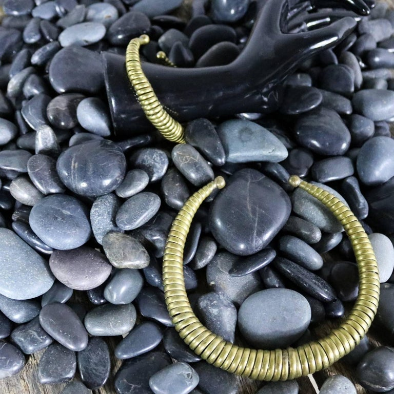 Vintage 1970s Brass Coil Choker Necklace and Cuff Bracelet For Sale 7
