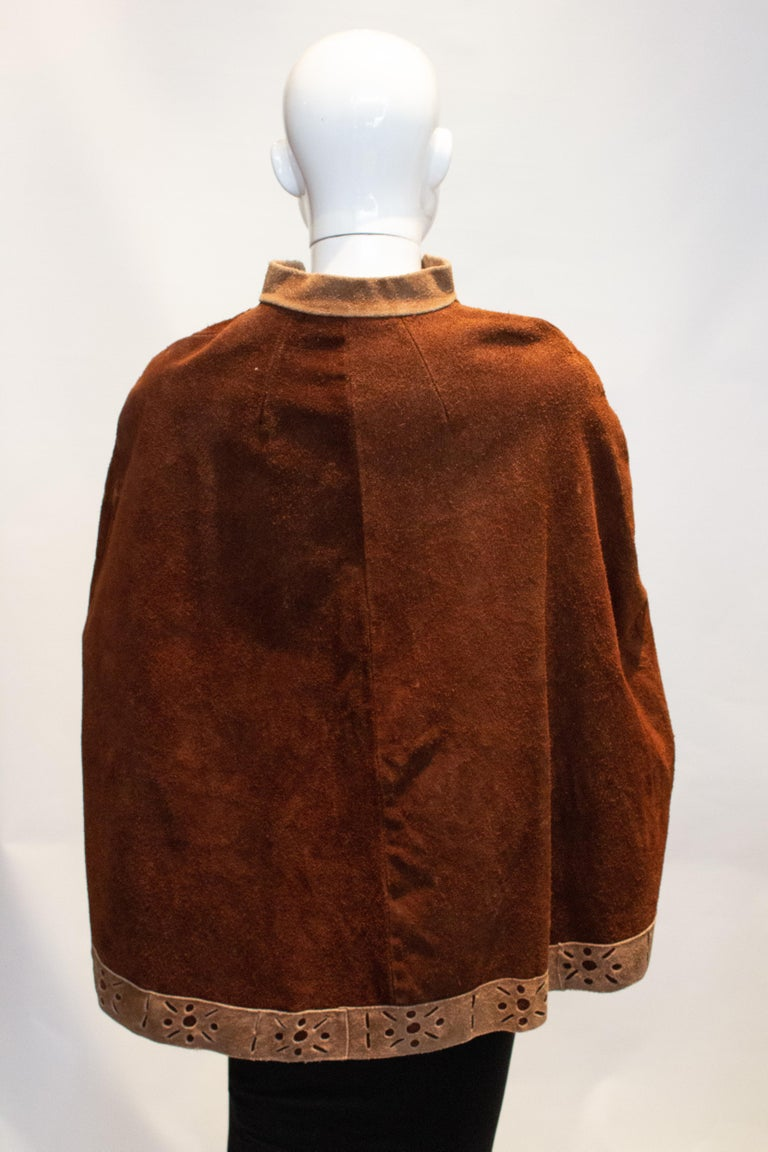 Vintage 1970s Brown Suede Cape For Sale 1