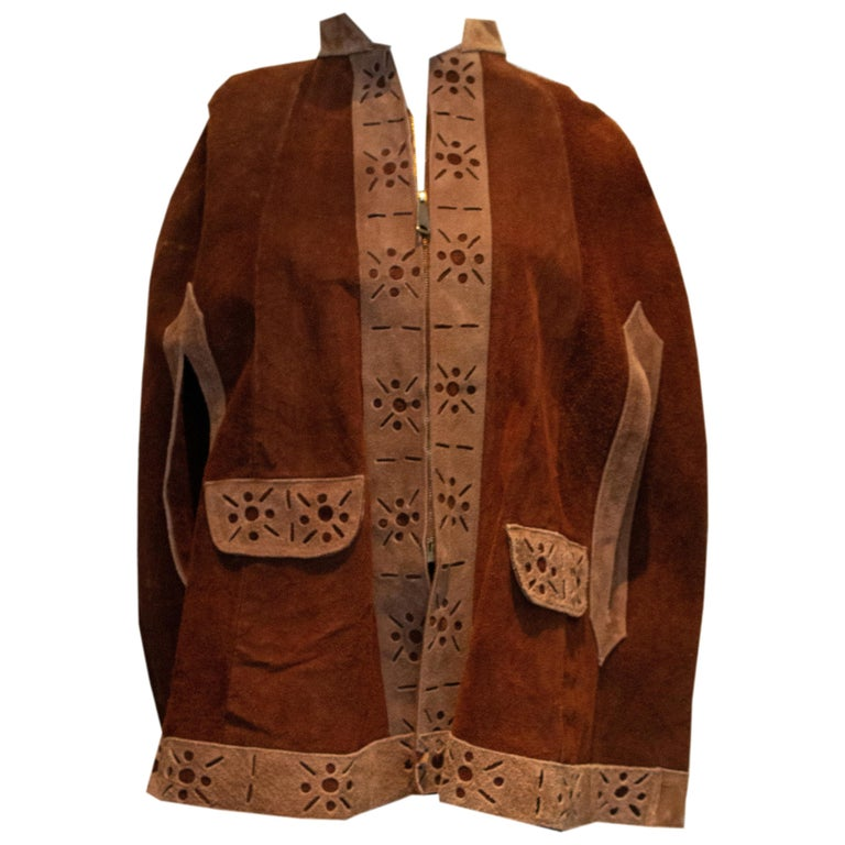 Vintage 1970s Brown Suede Cape For Sale