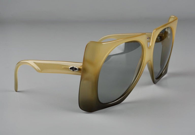 Vintage 1970s CHRISTIAN DIOR Oversized Square Space Age Sunglasses For Sale 6