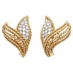Vintage 1970s Gold Leaf 1.30 Carat Diamond Clip-On Earrings