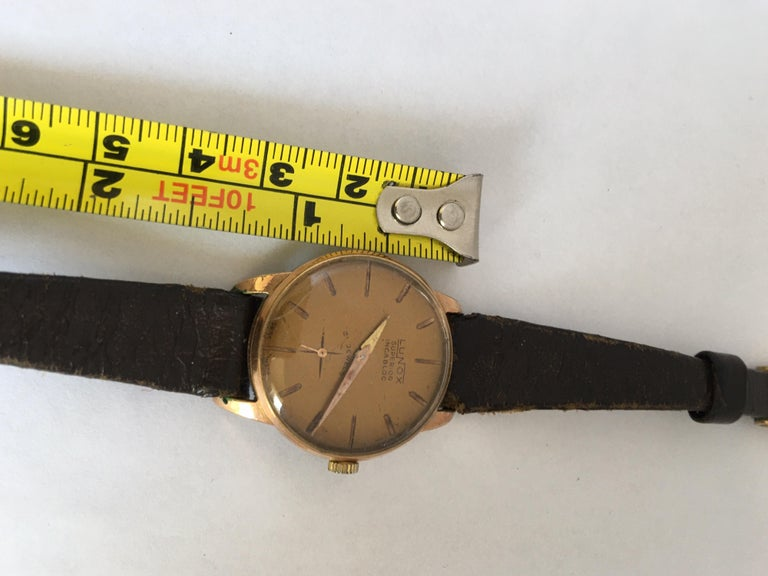 Vintage 1970s Gold-Plated Ladies Mechanical Watch  For Sale 6