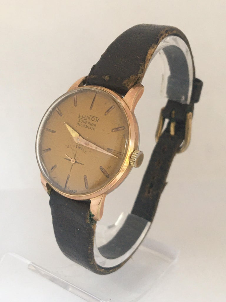 Vintage 1970s Gold-Plated Ladies Mechanical Watch  For Sale 8
