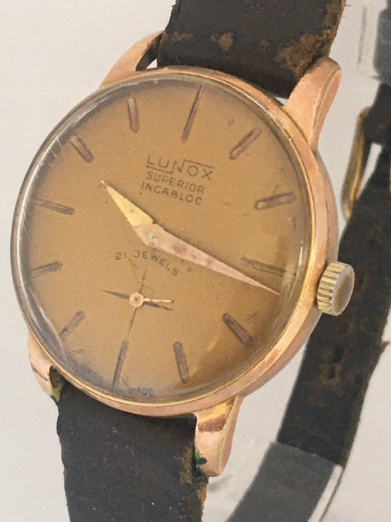 Vintage 1970s Gold-Plated Ladies Mechanical Watch  In Fair Condition For Sale In Carlisle, GB
