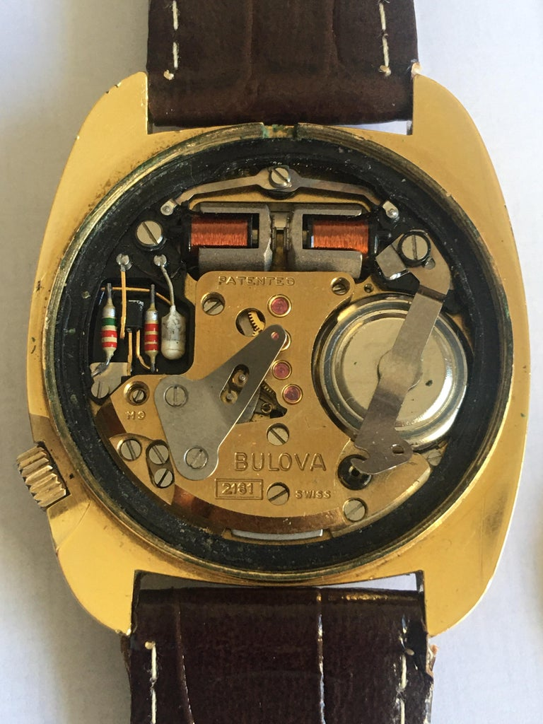 Vintage 1970s Gold-Plated Bulova Accutron Gent Watch For Sale 15