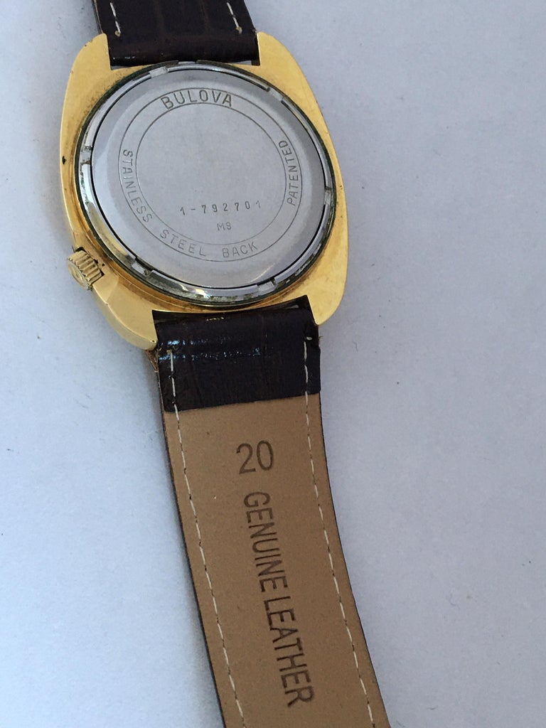 Vintage 1970s Gold-Plated Bulova Accutron Gent Watch For Sale 1