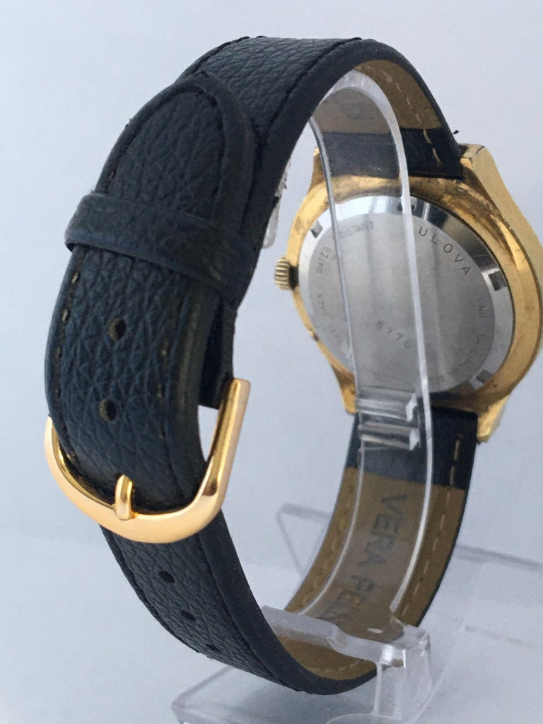 Vintage 1970s Gold-Plated Bulova Accutron Men's Watch In Fair Condition For Sale In Carlisle, GB