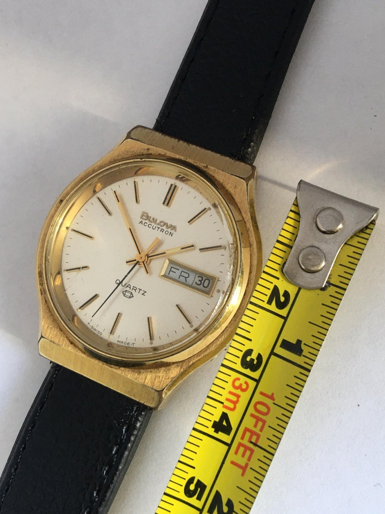 Vintage 1970s Gold-Plated Bulova Accutron Men's Watch For Sale 4