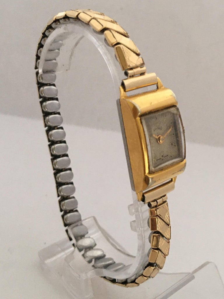 Women's Vintage 1970s Gold-Plated Services Ladies Mechanical Watch For Sale