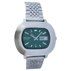 Vintage 1970s Stainless Steel Green Dial Seiko Automatic Watch