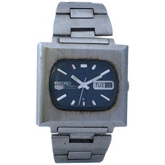 Vintage 1970s Stainless Steel Square Seiko 5 21 Jewels Automatic Watch
