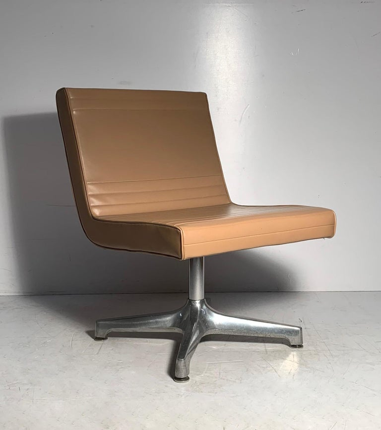 20th Century Pair of Vintage 1970s Techfab Chromcraft Latte Lounge Chairs For Sale