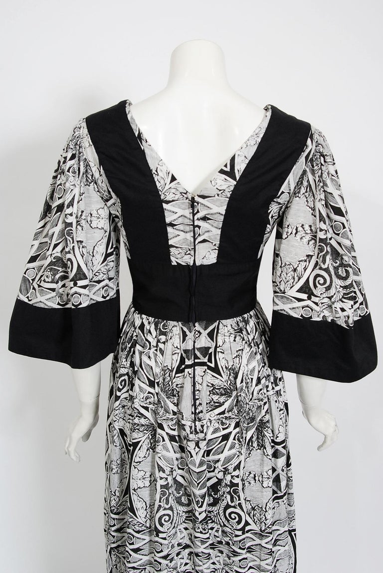 Vintage 1970's Thea Porter Kaleidoscope Floral Print Cotton Bell-Sleeve Dress For Sale 4