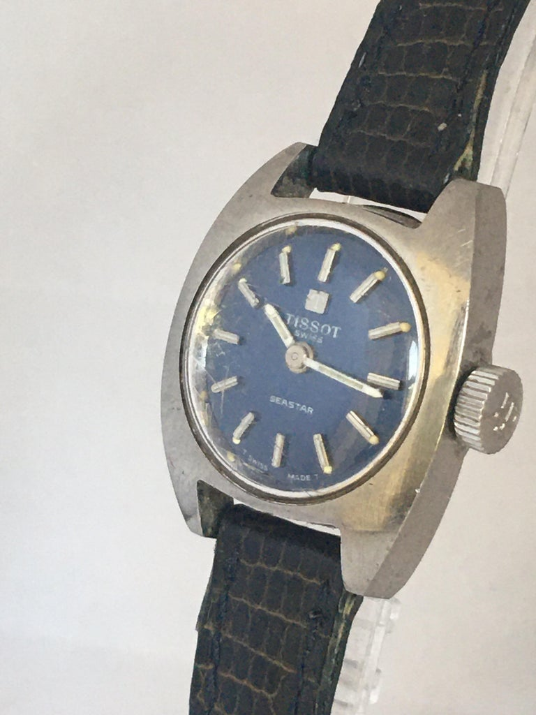 Vintage 1970s Tissot Seastar Ladies Mechanical Watch In Good Condition For Sale In Carlisle, GB