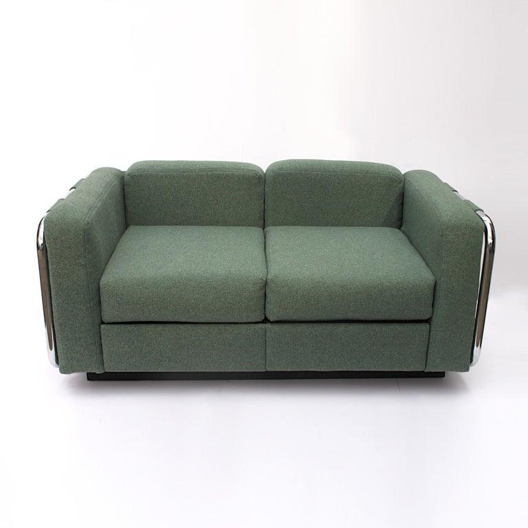 American Vintage 1970s Tubular Chrome Mid-Century Modern Loveseat Sofa by Thonet For Sale