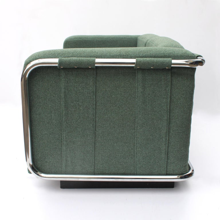 Vintage 1970s Tubular Chrome Mid-Century Modern Loveseat Sofa by Thonet In Excellent Condition For Sale In Lafayette, IN