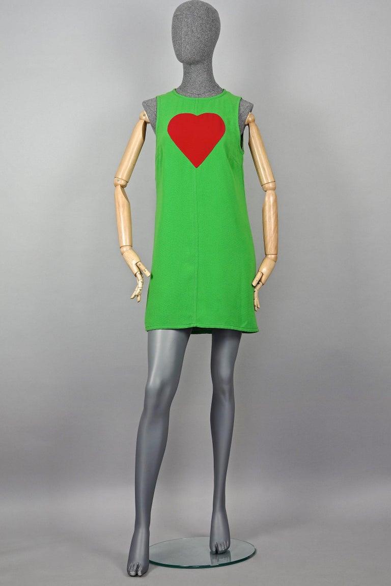 Vintage 1970s YVES SAINT LAURENT Heart Pop Art Dress In Excellent Condition For Sale In Kingersheim, Alsace