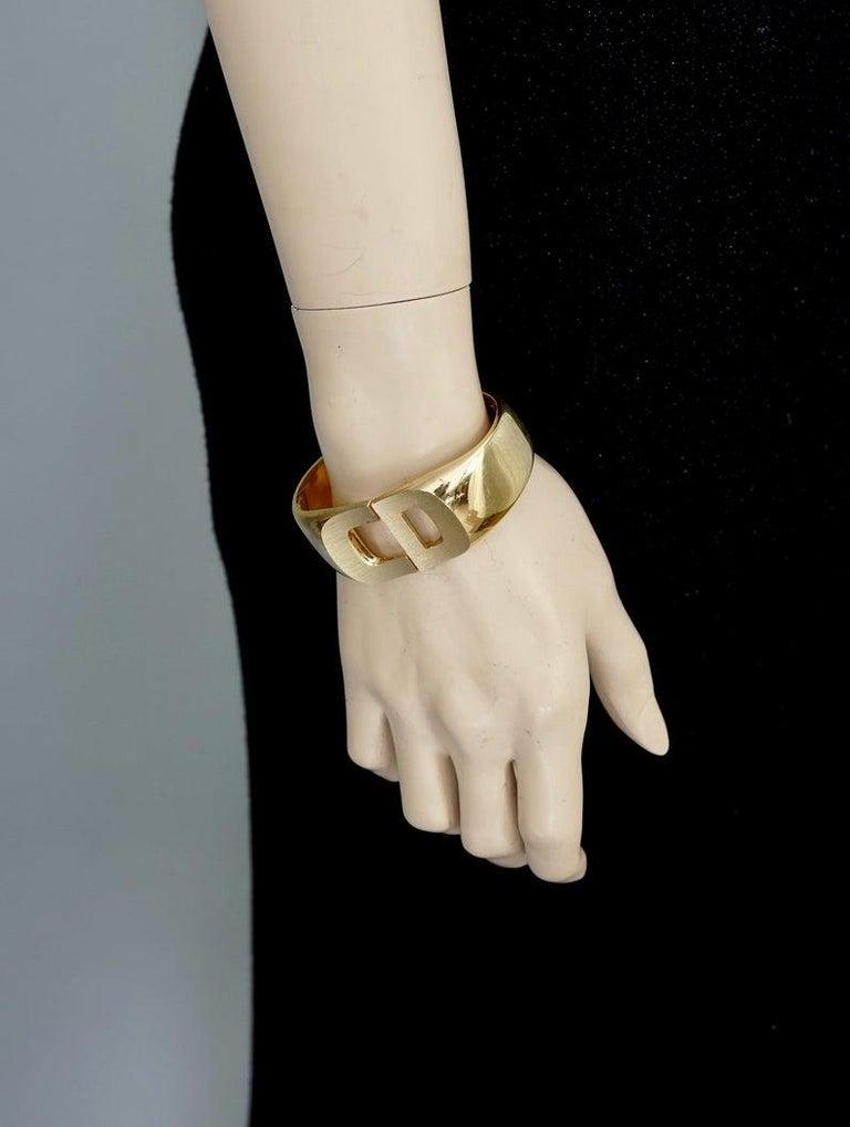 Vintage 1972 CHRISTIAN DIOR Logo CD Clamper Bracelet Cuff For Sale 6