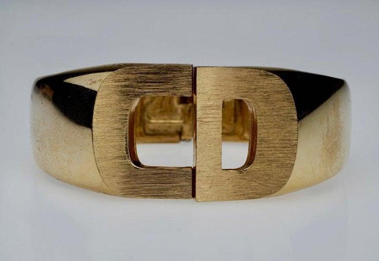 Vintage 1972 CHRISTIAN DIOR Logo CD Clamper Bracelet Cuff For Sale 3