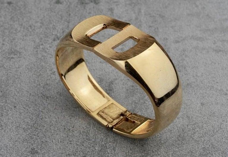 Vintage 1972 CHRISTIAN DIOR Logo CD Clamper Bracelet Cuff For Sale 4