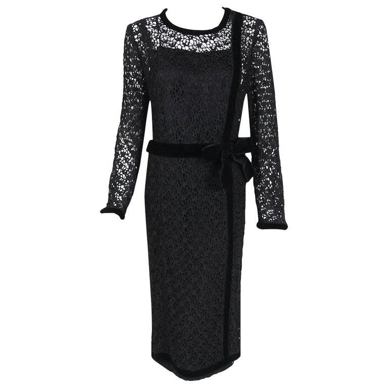 Vintage 1973 Chanel Haute Couture Black Guipure Lace & Velvet Long-Sleeve Dress For Sale