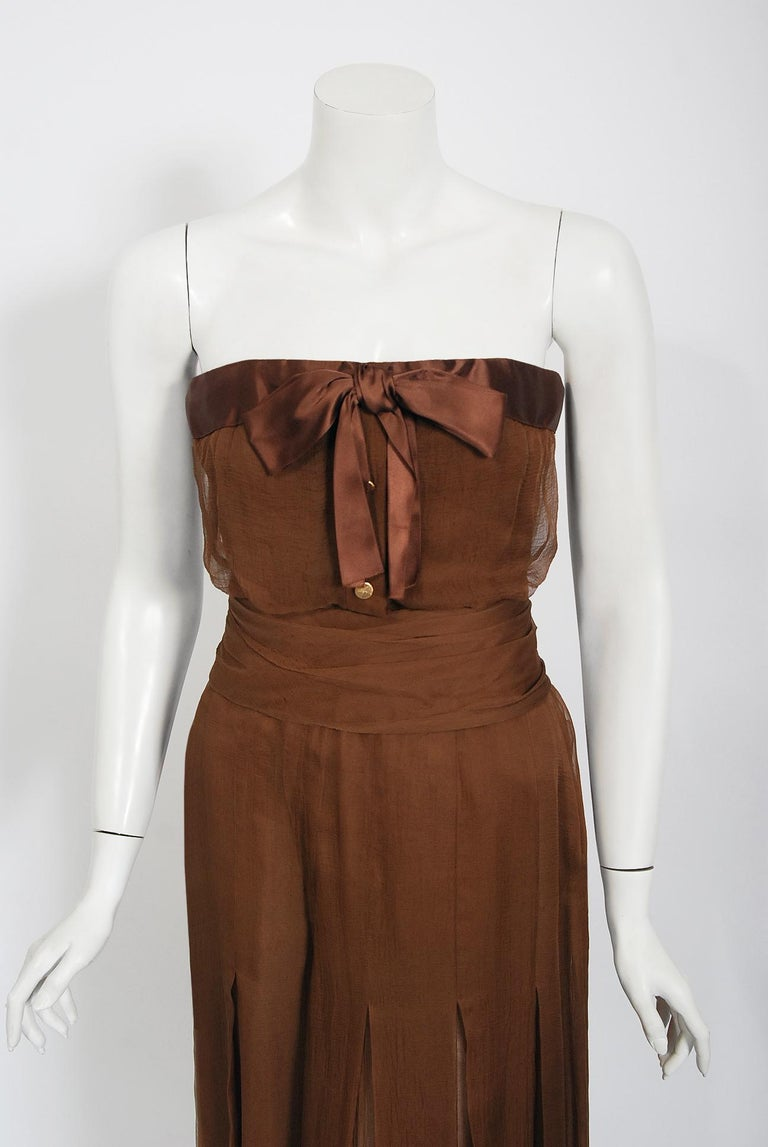 A gorgeous Christian Dior Haute Couture chocolate brown ensemble dating back to their 1972-73 Fall Winter collection. When the talented Marc Bohan took over as head designer in 1960, he continued the Dior tradition of elegant design and this