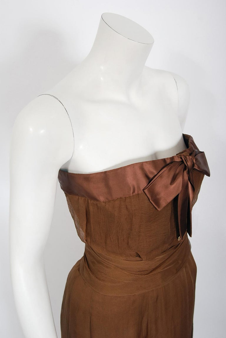 Women's Vintage 1973 Christian Dior Haute Couture Brown Strapless Blouse & Palazzo Pants For Sale