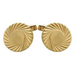 Vintage 1976 Cufflinks in 9 Karat Yellow Gold