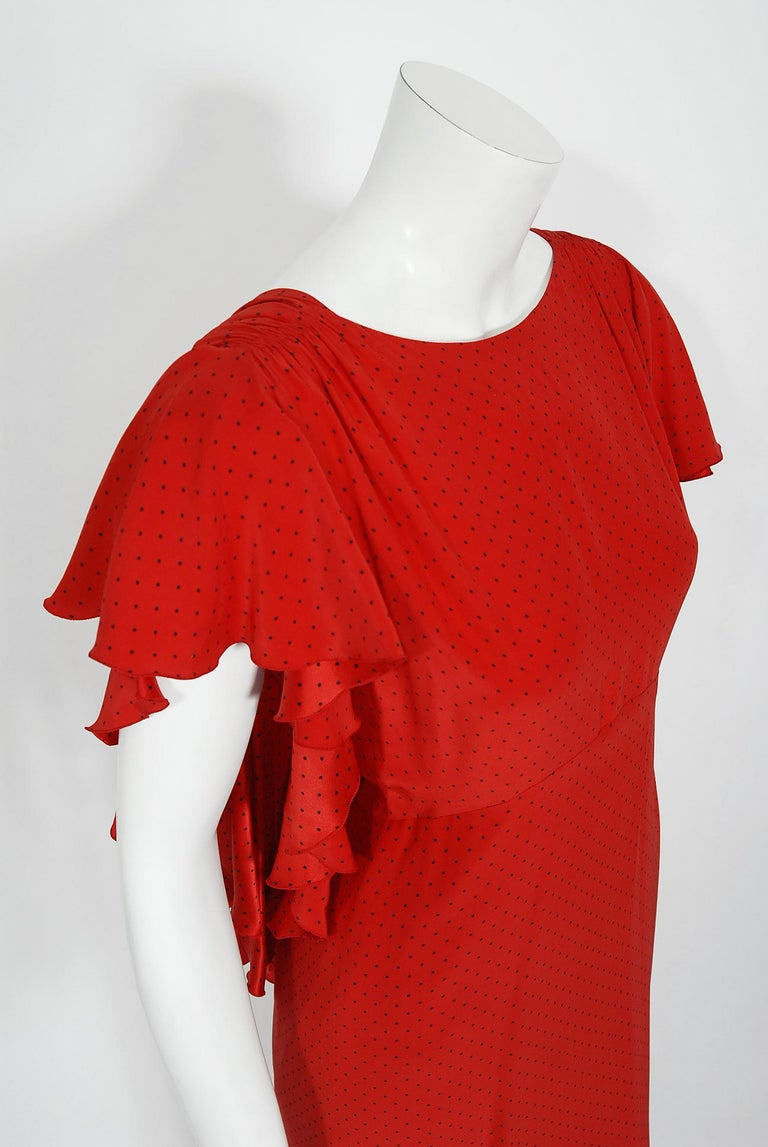 Women's Vintage 1979 Yves Saint Laurent Haute Couture Red Dotted Silk Backless Gown For Sale