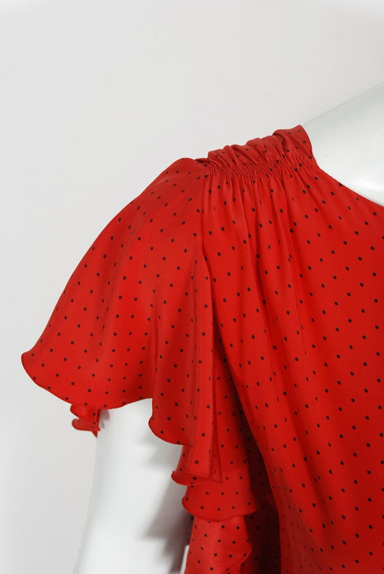 Vintage 1979 Yves Saint Laurent Haute Couture Red Dotted Silk Backless Gown For Sale 1