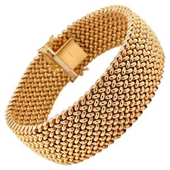 Vintage 1980s 14 Karat Yellow Gold Wide Mesh Bracelet