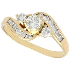 Vintage 1980s Diamond and Yellow Gold Twist Ring