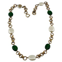 Vintage 1985 CHANEL Green Gripoix Pearl Necklace