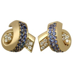 Vintage 1990s 1.30 Carat Sapphire and Diamond Yellow Gold Drop Earrings