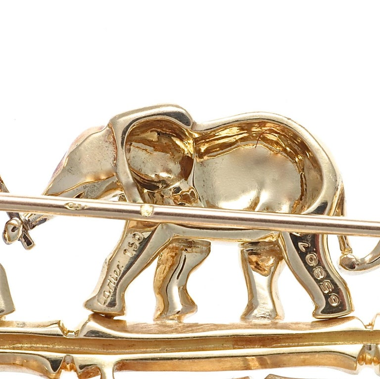 Vintage 1990s Cartier 18 Karat Gold Elephant Brooch Pin In Excellent Condition For Sale In Beverly Hills, CA