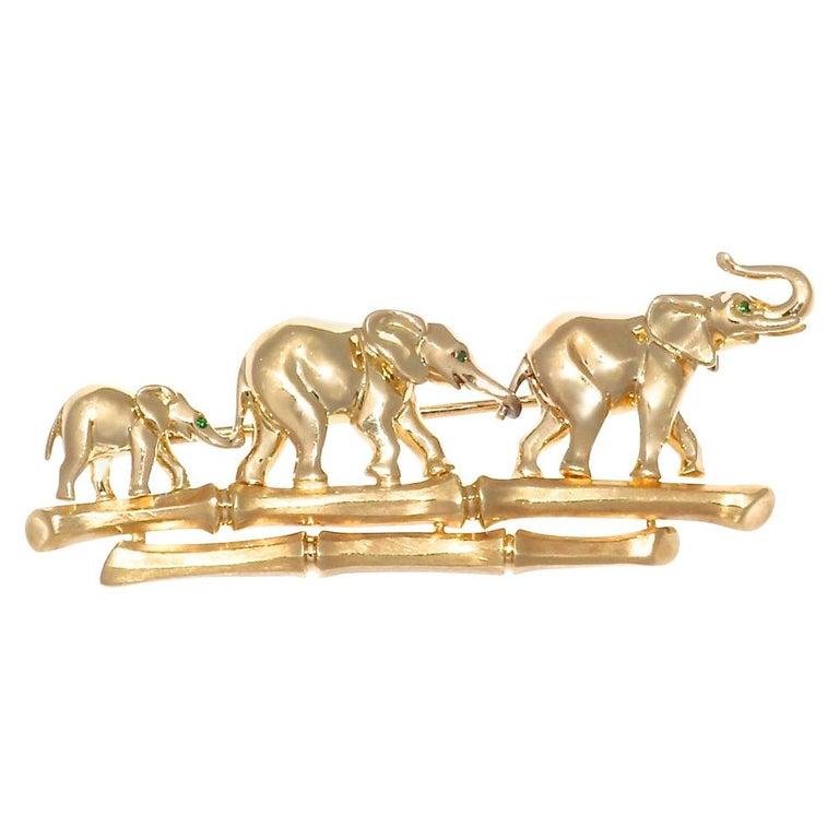 Vintage 1990s Cartier 18 Karat Gold Elephant Brooch Pin For Sale