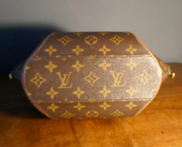 Vintage 1990s Louis Vuitton Ellispe MM Hand Bag For Sale 7