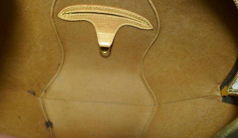 Vintage 1990s Louis Vuitton Ellispe MM Hand Bag For Sale 8