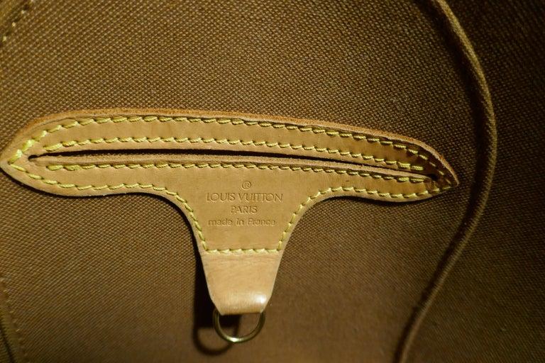 Vintage 1990s Louis Vuitton Ellispe MM Hand Bag For Sale 4