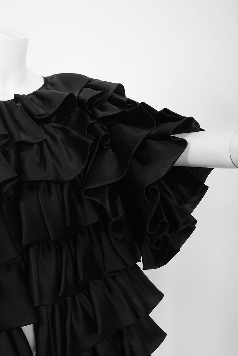 Women's Vintage 1990's Oscar de la Renta Black Silk Tiered-Ruffle Short Sleeve Jacket For Sale