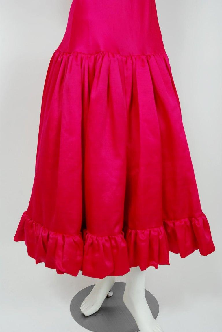 Women's Vintage 1990's Oscar de la Renta Pink Silk Puff-Sleeve Voluminous Ruffle Dress For Sale