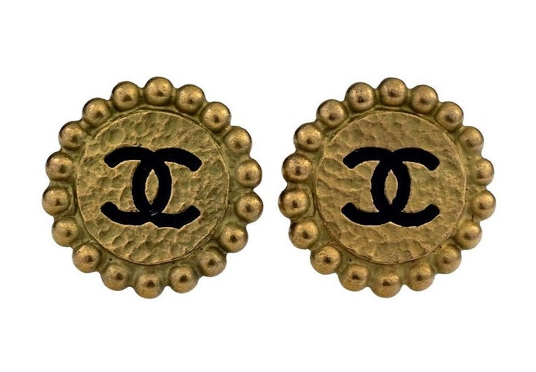 Vintage 1994 CHANEL CC Logo Flower Earrings In Good Condition For Sale In Kingersheim, Alsace
