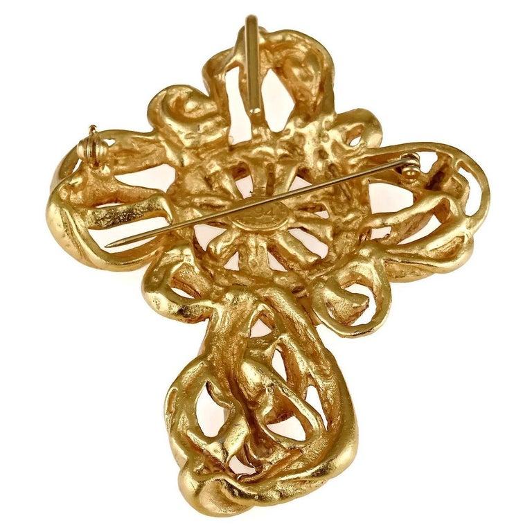Vintage 1994 CHRISTIAN LACROIX Torsade Cross Brooch Pendant Necklace For Sale 5