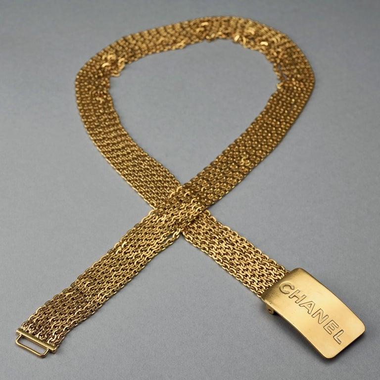 Vintage 1996 CHANEL Logo Buckle Multi Chain Belt For Sale 1
