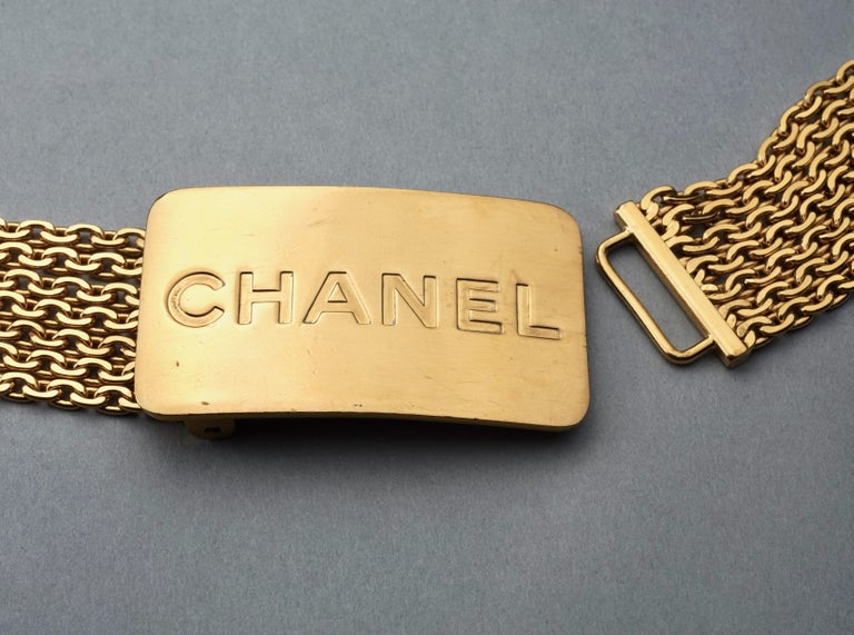 Vintage 1996 CHANEL Logo Buckle Multi Chain Belt For Sale 2
