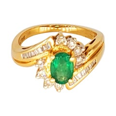 Vintage 2 Carat Emerald and Diamond Cluster Cocktail Ring 14 Karat