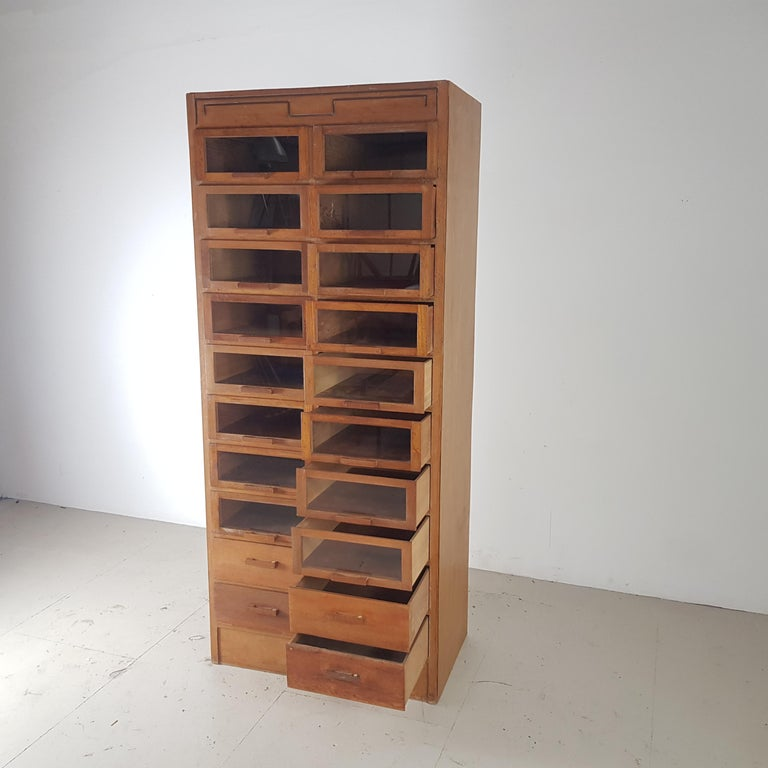 Vintage 20-Drawer Haberdashery Cabinet Shop Display Made by Dudley & Co. In Good Condition For Sale In Lewes, East Sussex